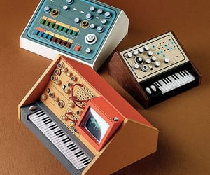 Dan McPharlin, keyboard, and analog image