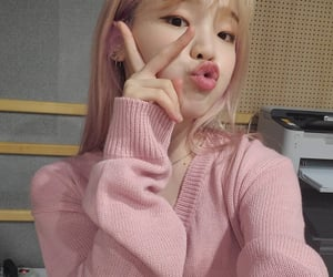 kpop, selca, and oh my girl image