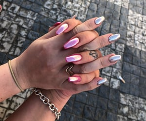 crown, pink nails, and glitter nails image
