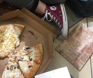 grunge, old school, and pizza image