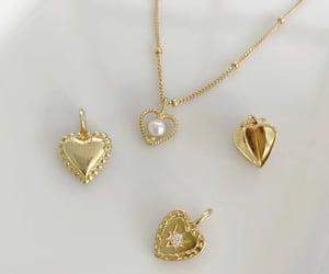 heart and nails image