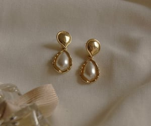 earrings, gold, and gucci image