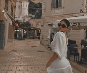 kylie jenner and italy image