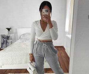 comfy, girl, and outfits image