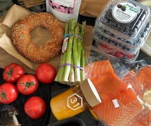 asparagus, bagel, and berries image