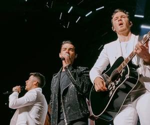 concert, Joe Jonas, and jonas brothers image