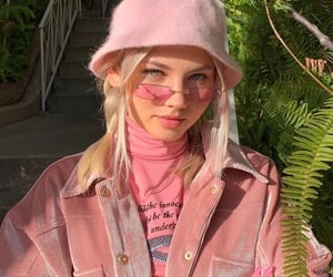 pink, girl, and aesthetic image