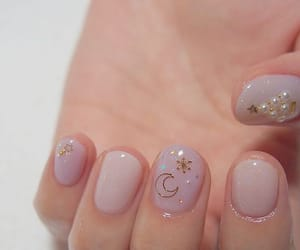aesthetic, minimal, and nails image