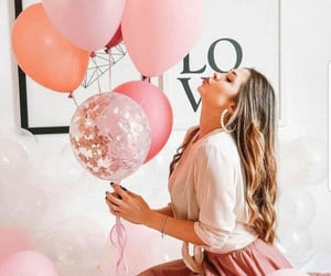 balloons and lifestyle image