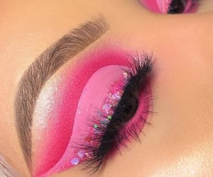 beauty, eye makeup, and eyelashes image