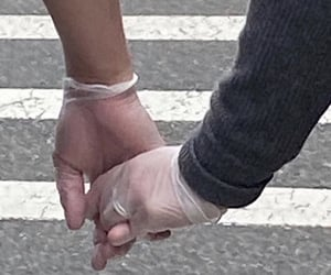 love, aesthetic, and hands image