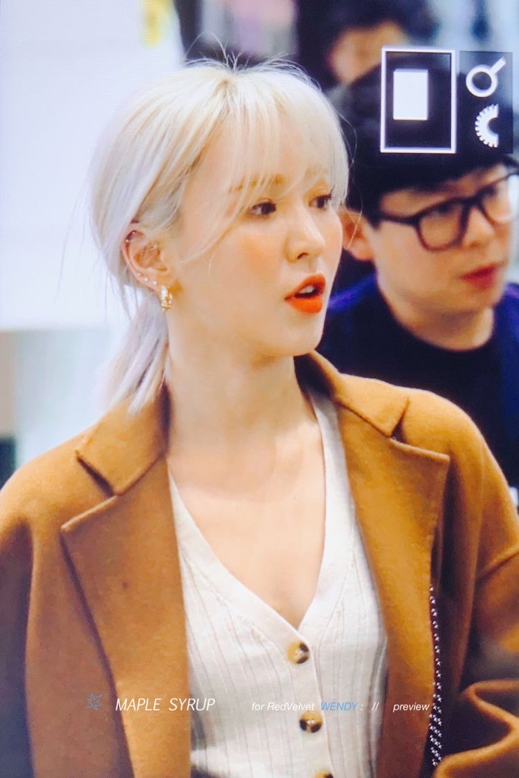Blonde Wendy Is Supreme Discovered By Luvist
