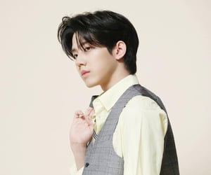 photoshoot, day6, and yoon dowoon image