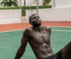 skin, black king things, and summer image