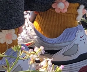 aesthetic, flowers, and shoes image
