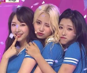 hyejoo, haseul, and jinsoul image