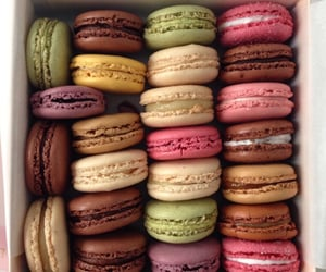 food and laduree image