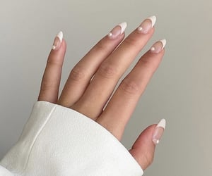 nails, cute, and pearls image