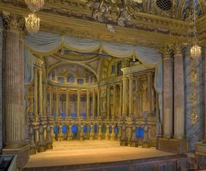 opera and versailles image