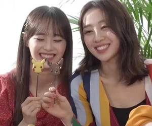 icon, kpop, and yves image