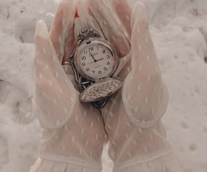 aesthetic, reloj, and style image