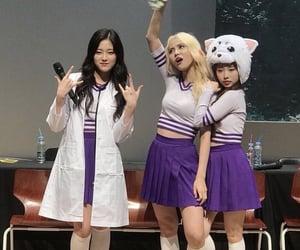 hyunjin, yeojin, and jinsoul image