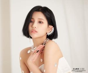 jeon soyeon, gidle, and cho miyeon image