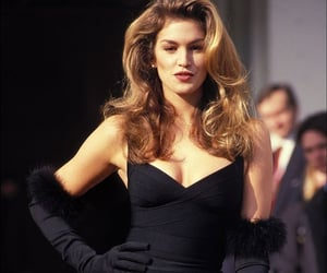 fashion, 90s, and cindy crawford image