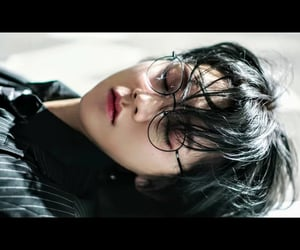 aesthetic, Hot, and kpop image