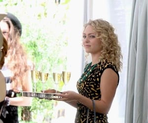 Annasophia Robb, Carrie Bradshaw, and the carrie diaries image