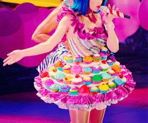 katy perry and cupcake image