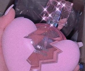 pink, ariana grande, and perfume image