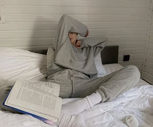 book, comfy, and girl image