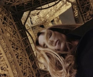 curly hair, hair, and eiffel tower image