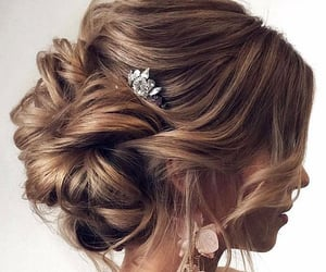 cheveux, coiffure, and hairstyle image