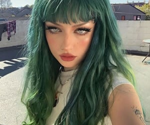 colored hair, green hair, and cabelo verde image