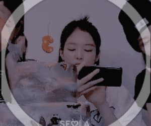 gif, jennie, and matching themes image