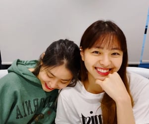 yuna, lq, and itzy image