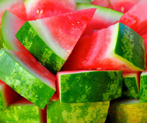 delicious, green, and red image
