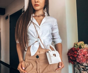 getthelook, whiteshirt, and chicstyle image
