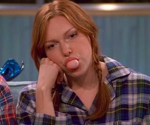 that 70s show, laura prepon, and 90s image