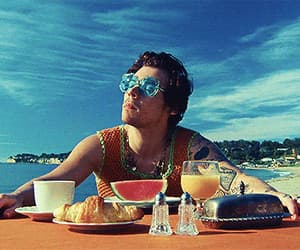 gif, music video, and Harry Styles image