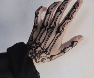 hand, aesthetic, and black image
