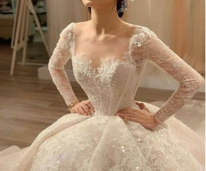 beautiful dress 😍