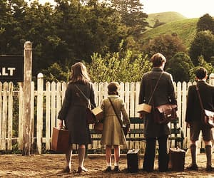 narnia, Lucy, and peter image