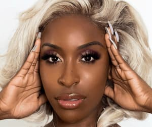 beauty tips, makeup tips, and tutorial by jackie aina image