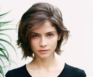 hairstyle and short hair image
