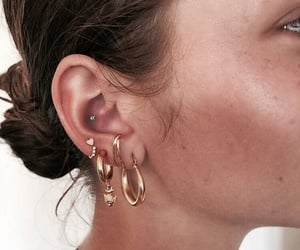 girl, earrings, and accessories image