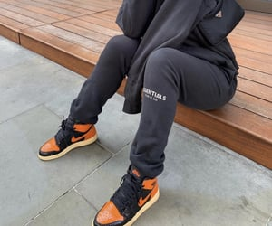 black, shoes, and jordan 1 image