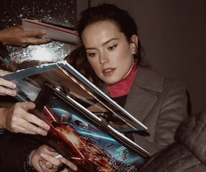 fans, star wars, and daisy ridley image
